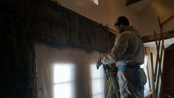Isolering vägg lim