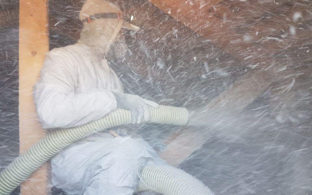 Isolering av öppet vindsbjälklag i Överkalix